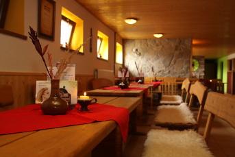 Vinárna pod restaurací